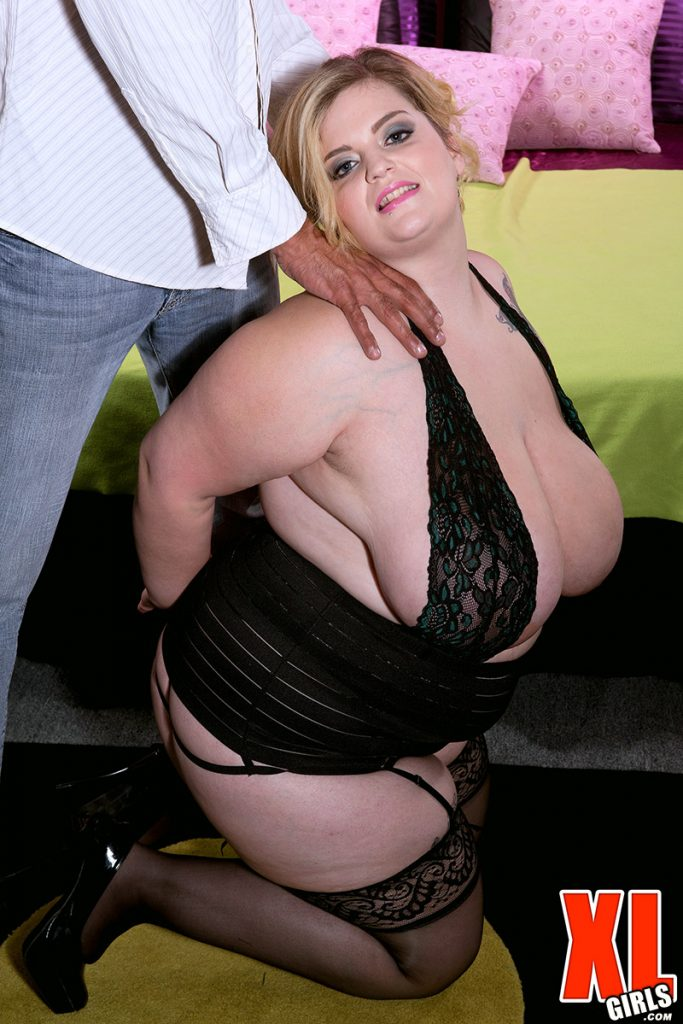 Fat naked woman