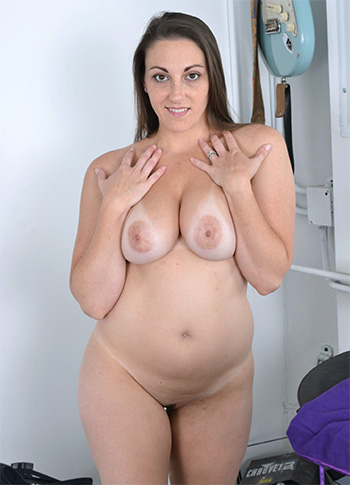 Busty naked wife