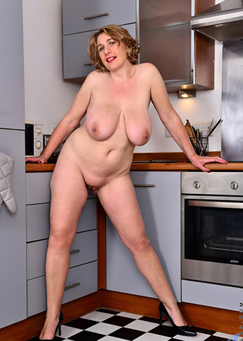 huge natural tits